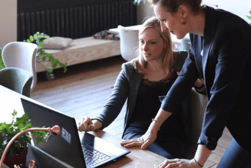 Micro-entrepreneur : comment déclarer sa TVA pour la première fois ?